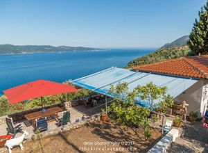 Detached House for sale Ithaki 60 m<sup>2</sup> Ground floor 2 Bedrooms 2nd photo