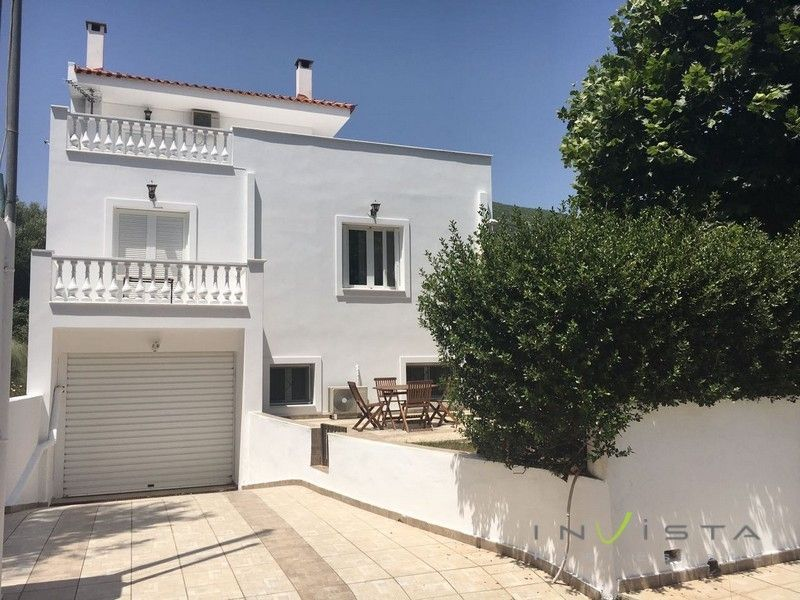 Detached House for sale Nea Makri 300 m<sup>2</sup> Ground floor 4 Bedrooms
