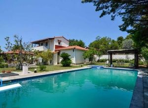 Detached House for sale Eretria Malakonta 230 m<sup>2</sup> Ground floor