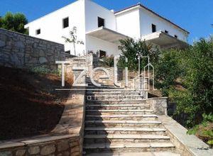 Villa for sale Navpaktos 320 m<sup>2</sup> Ground floor