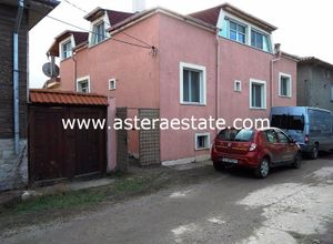 Detached House for sale Blagoevgrad 400 m<sup>2</sup> Ground floor