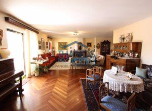 Apartment, Kefalari