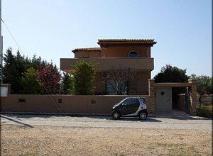 Detached House for sale Nea Peramos (Megalo Pefko) Nea Peramos 200 m<sup>2</sup> Semi-basement