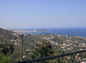 Μονοκατοικία για ενοικίαση Λέσβος - Μυτιλήνη Ταξιάρχες (Καγιάνι) 150 τ.μ. Ισόγειο