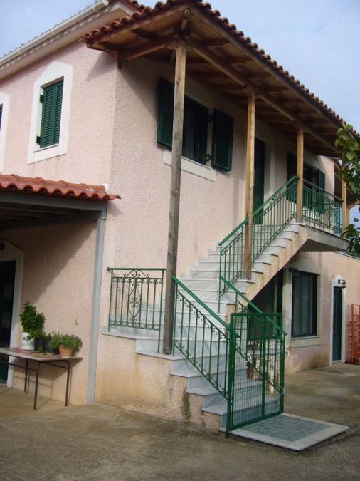 Detached House for sale Gkoritsa (Therapni) 150 m<sup>2</sup> 1st Floor 2 Bedrooms